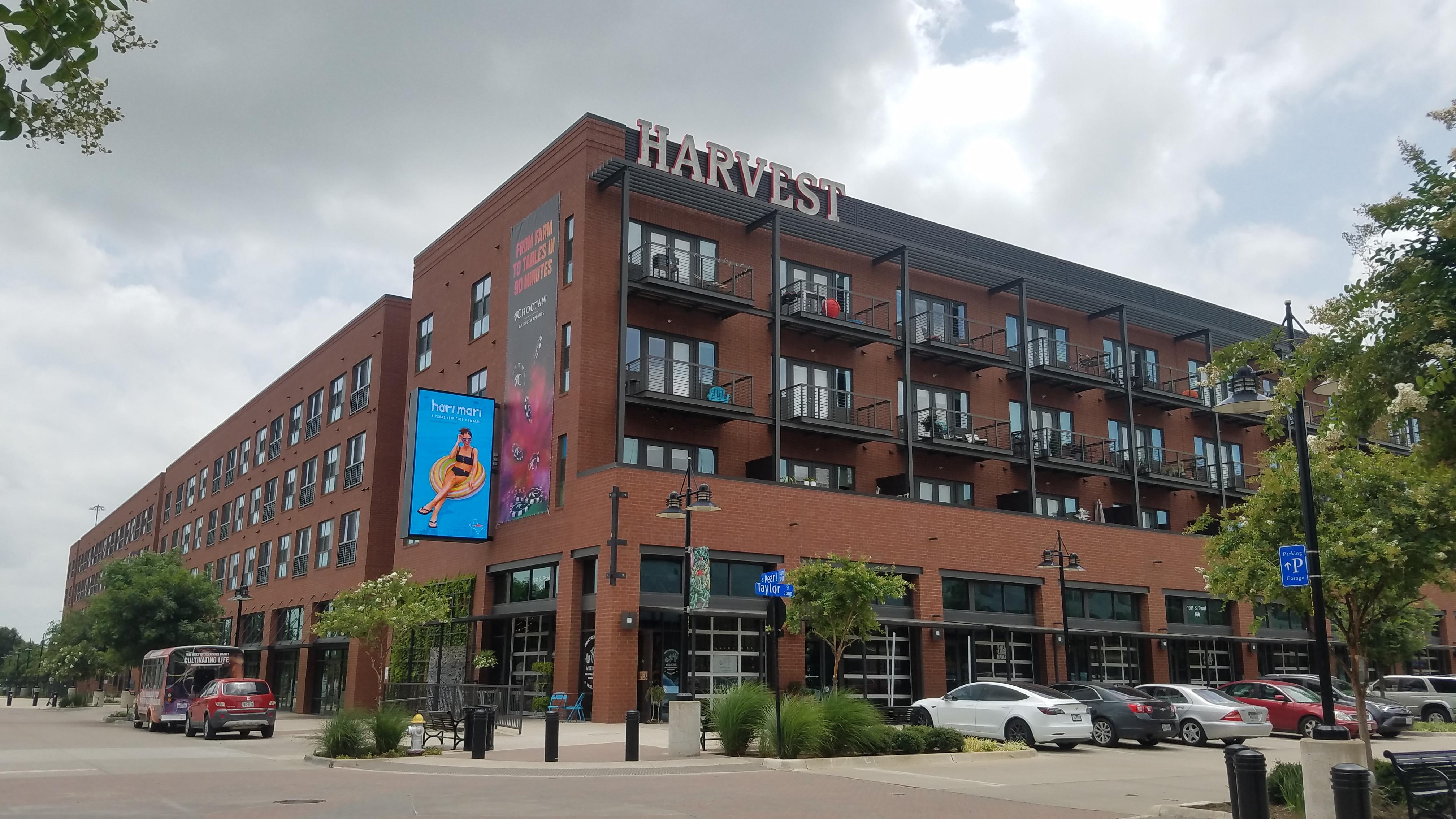 Farmers Market - Harvest Lofts
