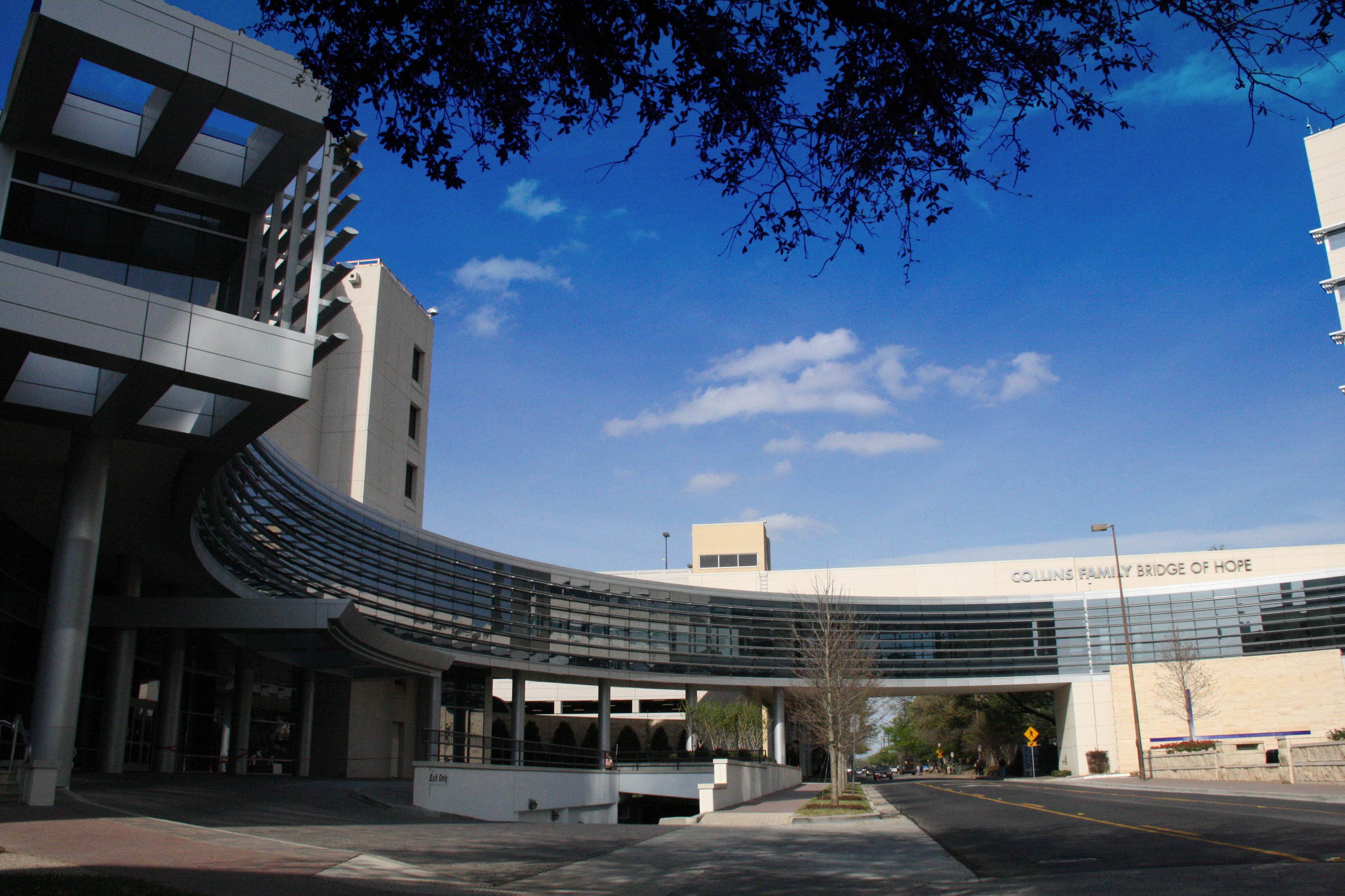 RLG Baylor University Medical Center - T Boone Pickens Cancer Hospital
