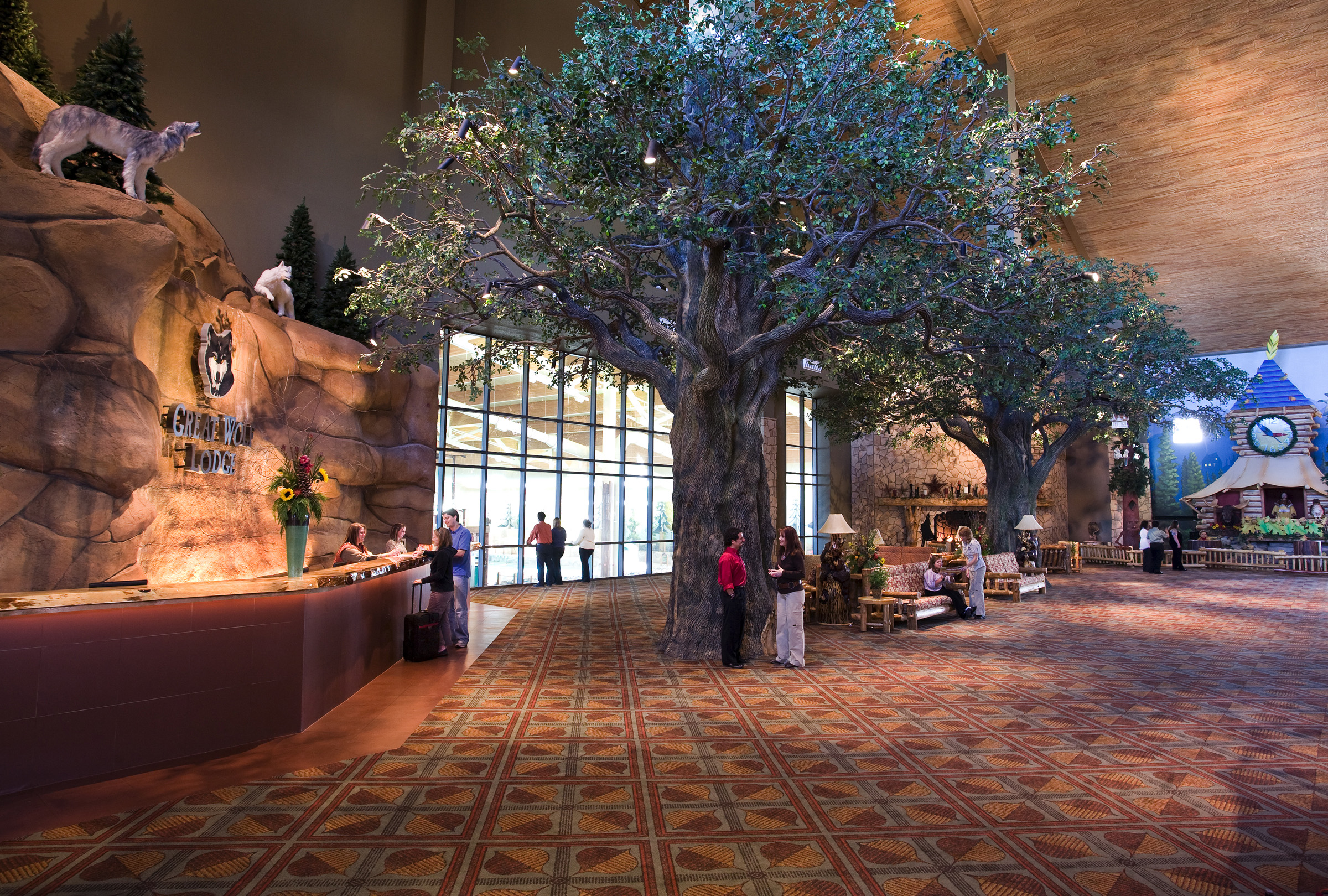 RLG Great Wolf Lodge Grand Lobby Overview